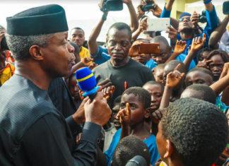 Osinbajo in IDPs camp in Makurdi, Benue